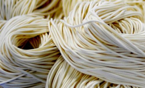 tonkotsu ramen noodles