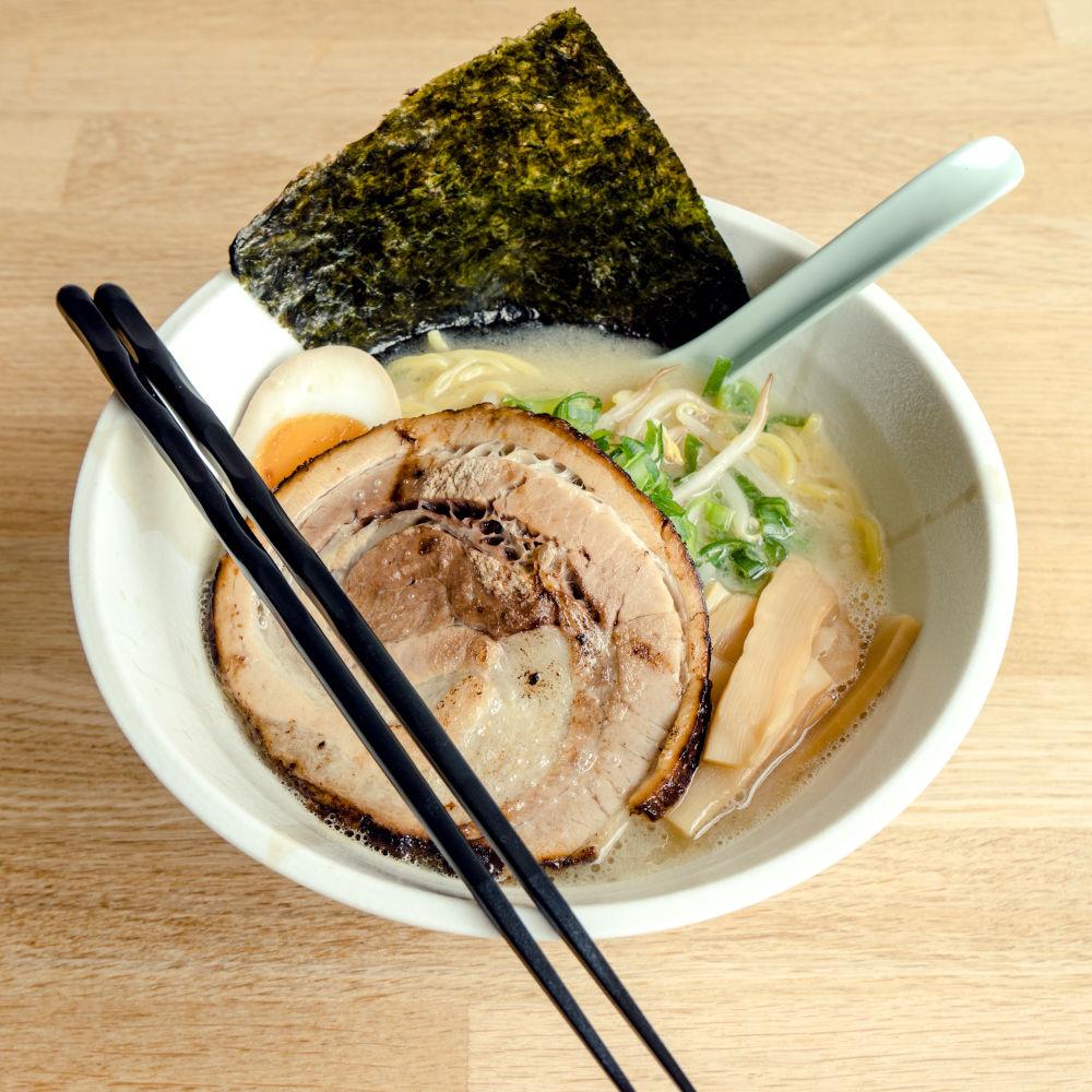 craft noodles made on Yamato ramen machine