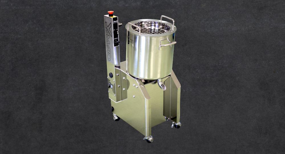 equipment to strain ramen stock