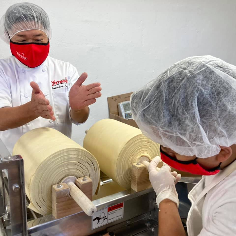 production of ramen noodles on a ramen machine